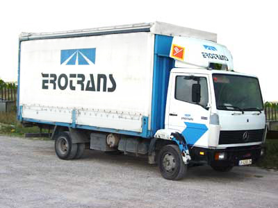transport lorries with weekly routes